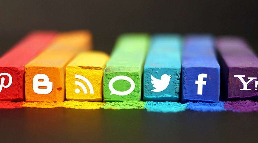 9 tools to streamline social media